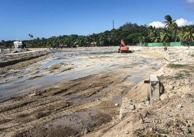 PLANTATION ISLAND REVETMENT WALL AND MARINE DIG IMG_3784-800w