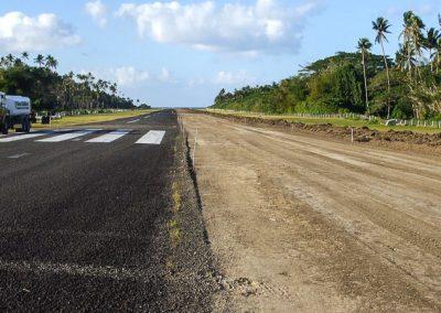 SAVUSAVU AIRPORT RUNWAY FIJI (1215)-800w