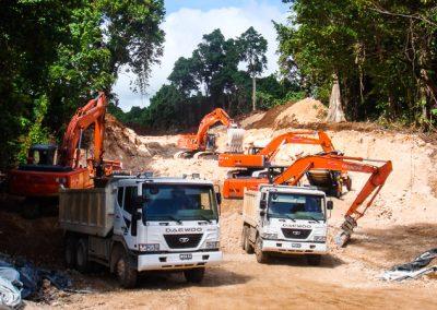 Vanuatu Road Construction DSC01021-800w